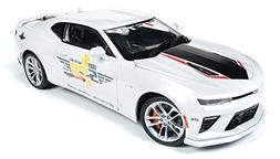 AUTO WORLD 1:18 MUSCLE CARS U.S.A. - 2017 CHEVROLET CAMARO S