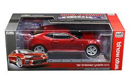 AUTO WORLD 1:18 MUSCLE CARS USA 2016 CHEVROLET CAMARO SS DIE