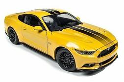 AUTO WORLD 1:18 MUSCLE CARS USA 2016 FORD MUSTANG GT DIECAST