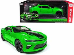 Auto World 1:18 Muscle Cars USA 2017 Chevrolet Camaro SS Die