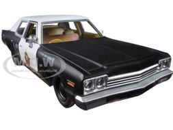 Greenlight 1:24 Hollywood Series 1974 Dodge Monaco Bluesmobi
