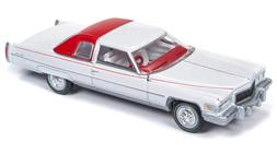 Auto World 1/64 1976 Cadillac Coupe DeVille Gloss White Die-