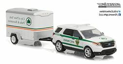 GREENLIGHT 1:64 HITCH TOW SERIES 7 - 2015 FORD EXPLORER NY C