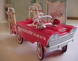 1962 Murray Super Deluxe Fire Truck