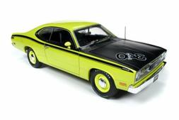 1971 PLYMOUTH DUSTER 340 HARD TOP AUTO WORLD AMM1154 1/18 DI