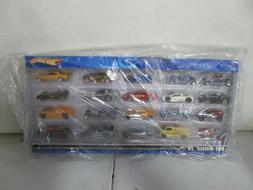 2006 Hot Wheels 20 Car Gift Set with Road Runner