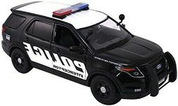 2015 Ford Interceptor Police Car Black/White 1/24 by Motorma