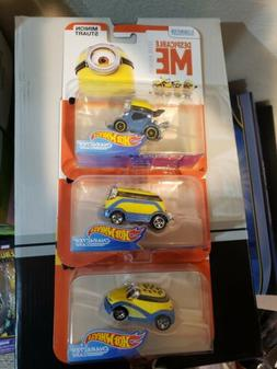 3 HOT WHEELS CHARACTER CARS _ DESPICABLE ME - MINION MADE -