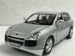 "Kinsmart  5"" Porsche Cayenne Turbo - Silver - Great For Dior"