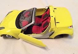 Bburago Coupe Diecast Model Yellow Smart Car Made in Italy S