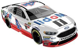 Lionel Racing Kevin Harvick #4 Mobile 1 2018 Ford Fusion 1 A