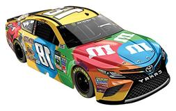 Lionel Racing Kyle Busch #18 M&M's 2017 Toyota Camry 1:64th