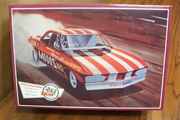 AMT 873 1969 Chezoom Corvair Funny Car model kit 1/25  ON SA