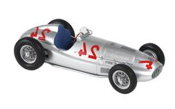 CMC Mercedes-Benz W165, 1939 #24 Limited Edition 1:18 Scale