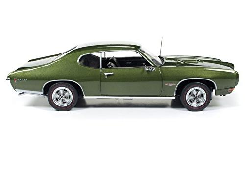 1968 Pontiac Green 50th Limited to 1002 Worldwide 1/18 by Autoworld AMM1128