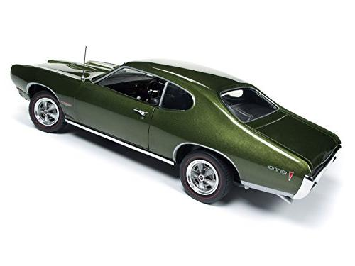 1968 Pontiac GTO Verdero Green Class 50th Limited to 1/18 Diecast by