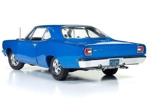 DIECAST1:18 AMERICAN 1968 PLYMOUTH ROAD - LOONEY AUTO WORLD