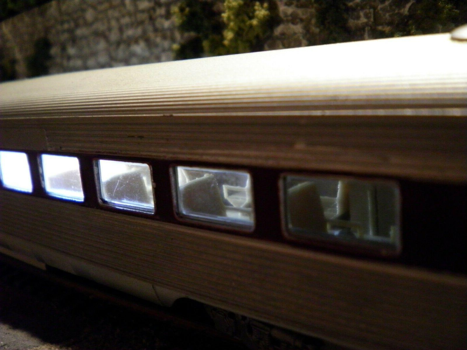 LOT 2 HO SCALE INTERIORS FOR ATHEARN STREAMLINED PASSENGER CARS