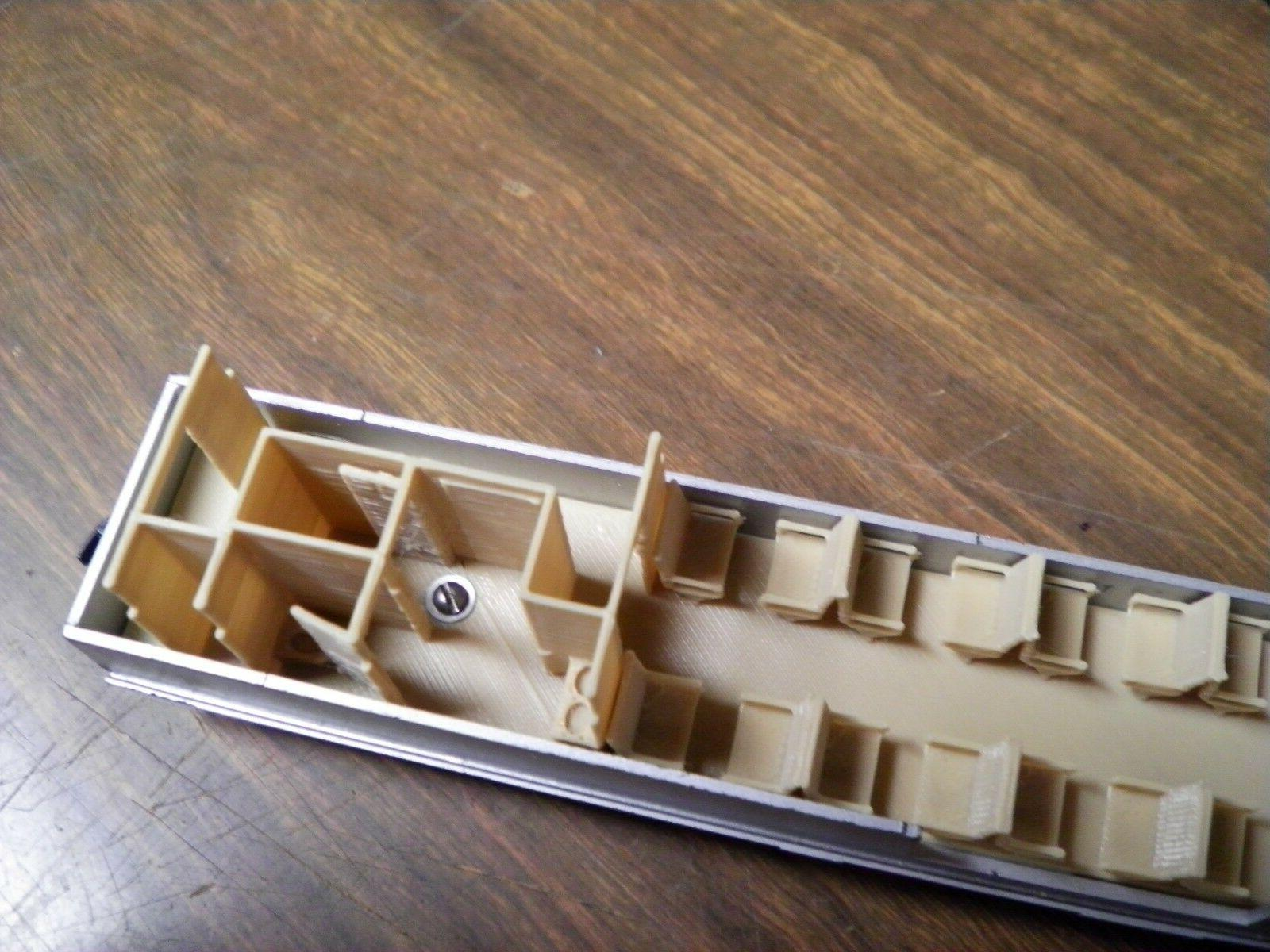 LOT OF SCALE COACH INTERIORS FOR ATHEARN STREAMLINED PASSENGER