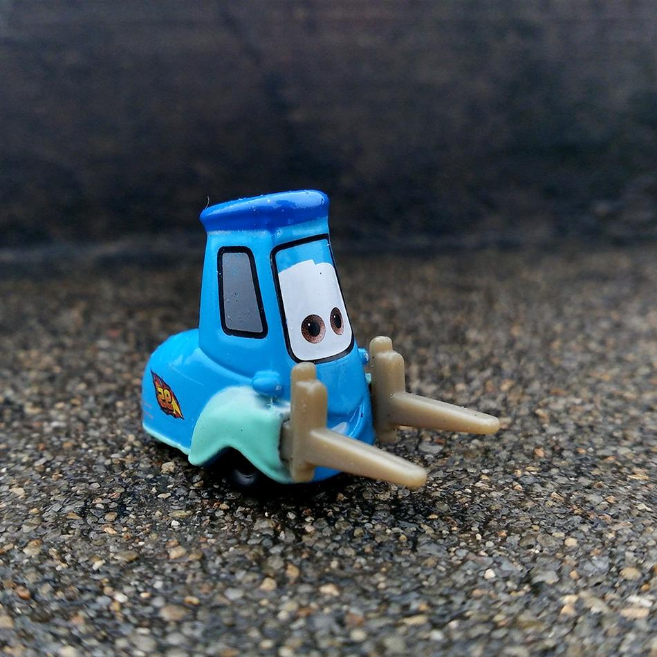 Disney Pixar <font><b>Cars</b></font> 20 Style Toys Kids <font><b>LIGHTNING</b></font> <font><b>McQUEEN</b></font> Quality Cartoon Models