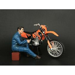 MECHANIC MICHAEL FIGURINE FOR 1/12 SCALE MOTORCYCLES BY AMER