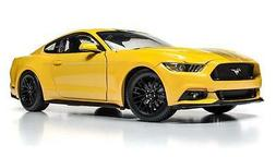 AUTO WORLD  MUSCLE CARS USA 2016 FORD MUSTANG GT YELLOW 1/18