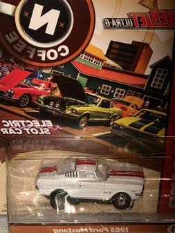 AUTO WORLD TJET '65 RED/WHITE FORD MUSTANG SLOT CAR FITS AW
