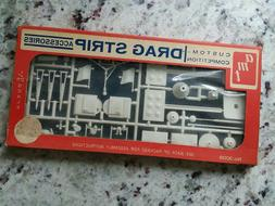 vintage AMT DRAG STRIP Accessories for Slot Cars, etc, 1/25