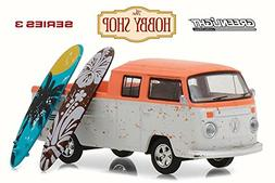 Greenlight Volkswagen Type 2 Crew Cab Pickup Doka w/ Surfboa