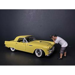 """""""WEEKEND CAR SHOW"""" FIGURINE IV FOR 1/18 SCALE MODELS BY AMER"""