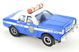 Auto World Xtraction Ghostbusters NYPD Police Car 1:64 / HO